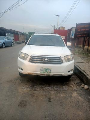Toyota Highlander 2009 Limited 4x4 White   Cars for sale in Lagos State, Surulere