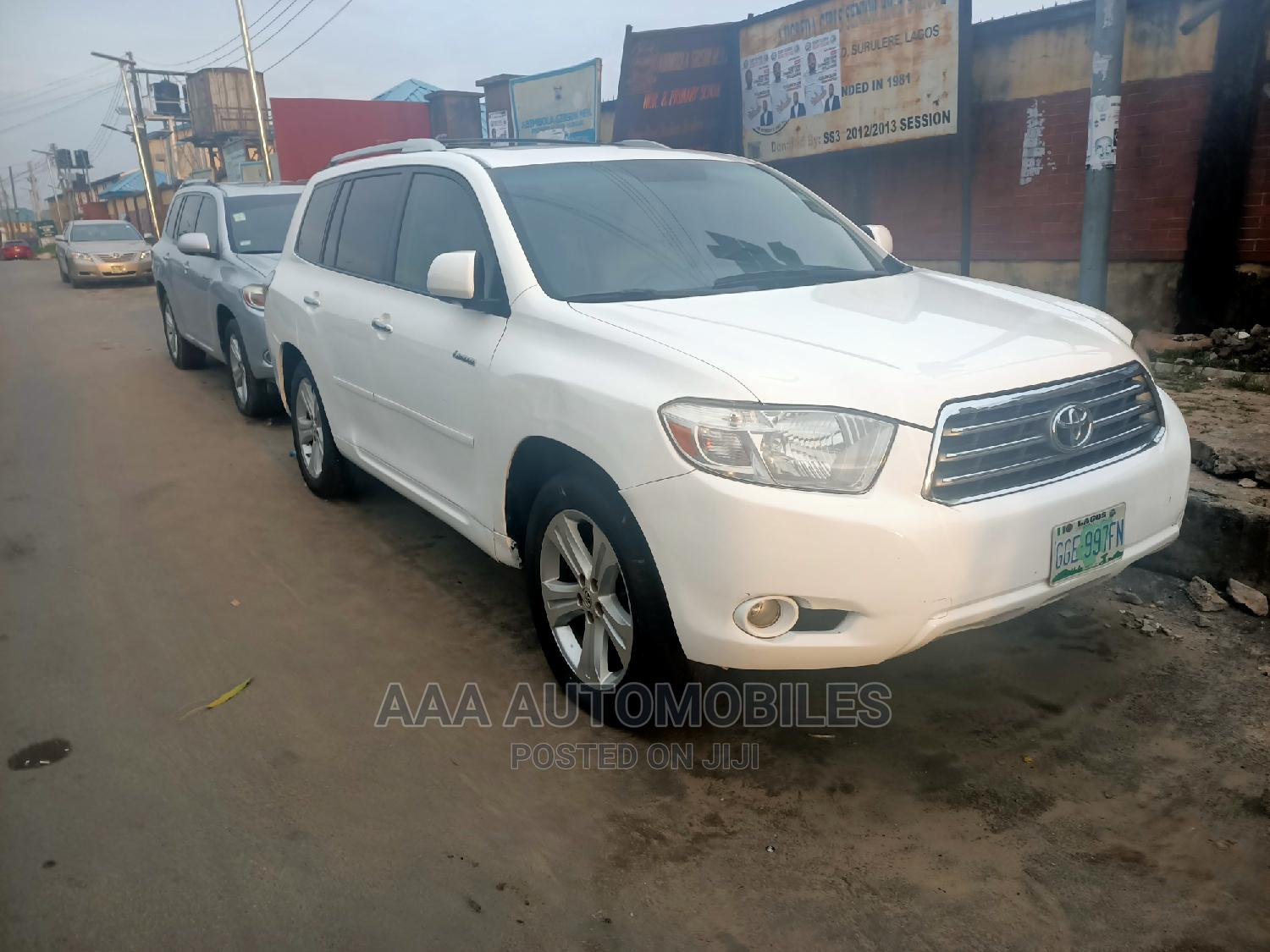 Toyota Highlander 2009 Limited 4x4 White   Cars for sale in Surulere, Lagos State, Nigeria