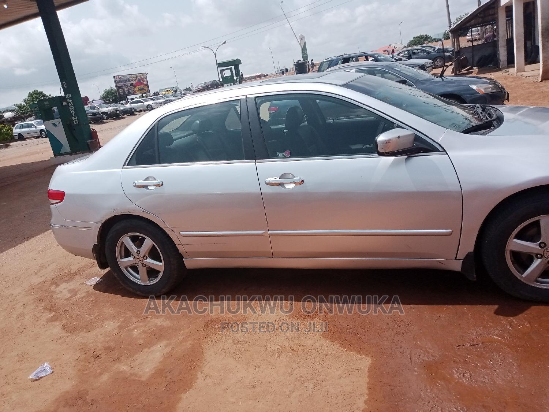 Archive: Honda Accord 2004 Silver