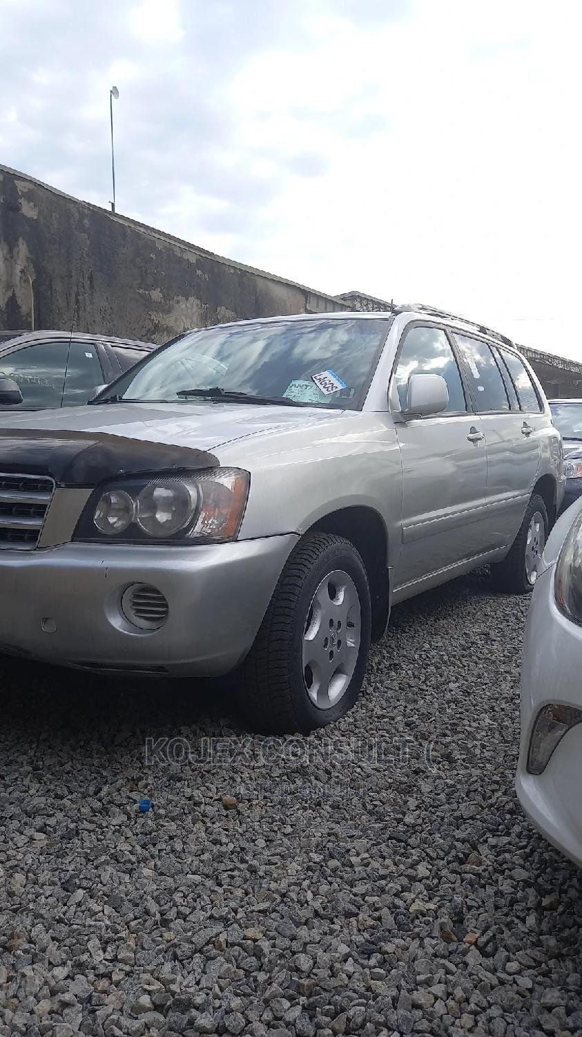 Toyota Highlander 2003 Limited V6 AWD Silver | Cars for sale in Ikeja, Lagos State, Nigeria