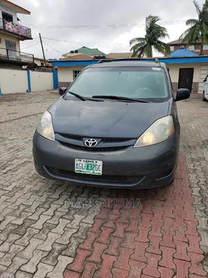 Toyota Sienna 2006 CE FWD Blue | Cars for sale in Lagos State, Alimosho