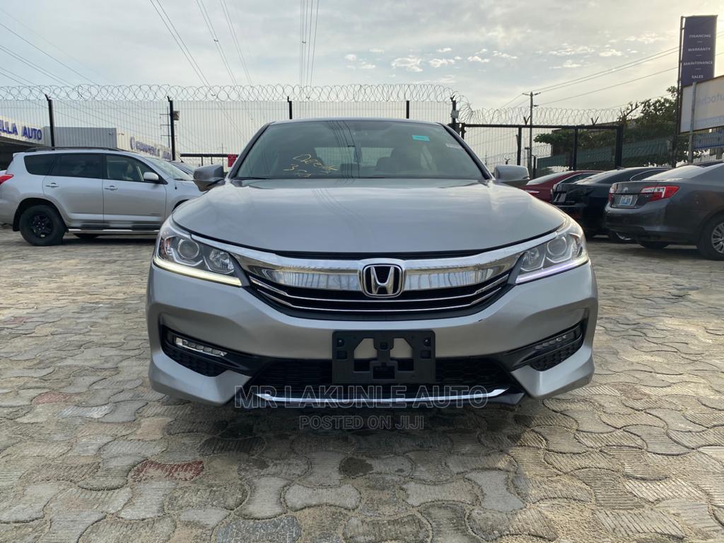 Honda Accord 2017 Silver