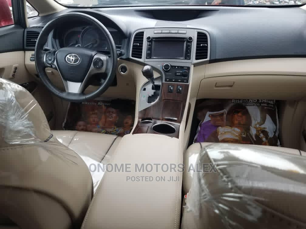 Archive: Toyota Venza 2014 Red