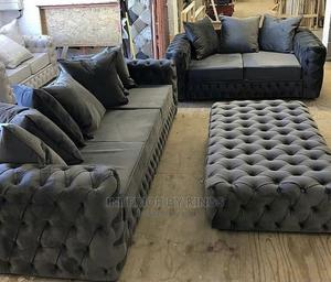 5seater Chesterfield Sofa With an Ottoman (Lead. Time )6days   Furniture for sale in Lagos State, Shomolu
