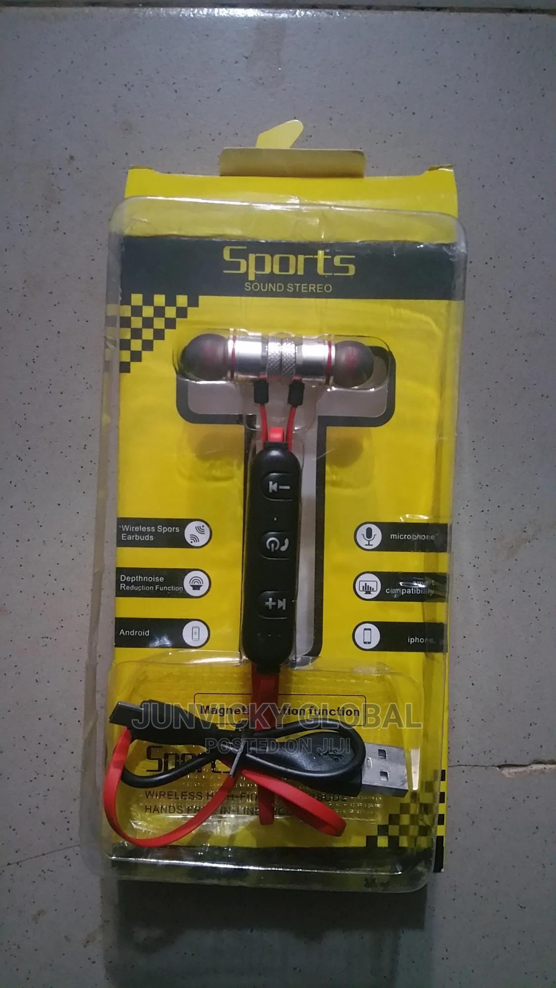 M12 Bluetooth Stereo Earbug
