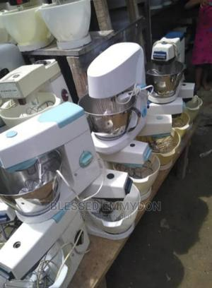 Slightly Used 5kg Cake Mixer, Working Perfectly Ok   Restaurant & Catering Equipment for sale in Lagos State, Amuwo-Odofin