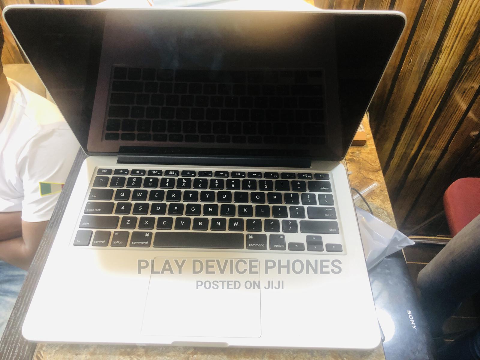 Archive: Laptop Apple MacBook 2012 8GB Intel Core I5 SSD 256GB