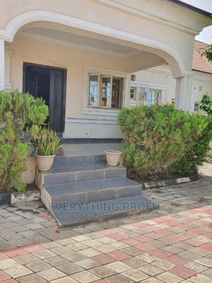 Private Room in Shared House Parklane | Short Let for sale in Abuja (FCT) State, Lugbe District