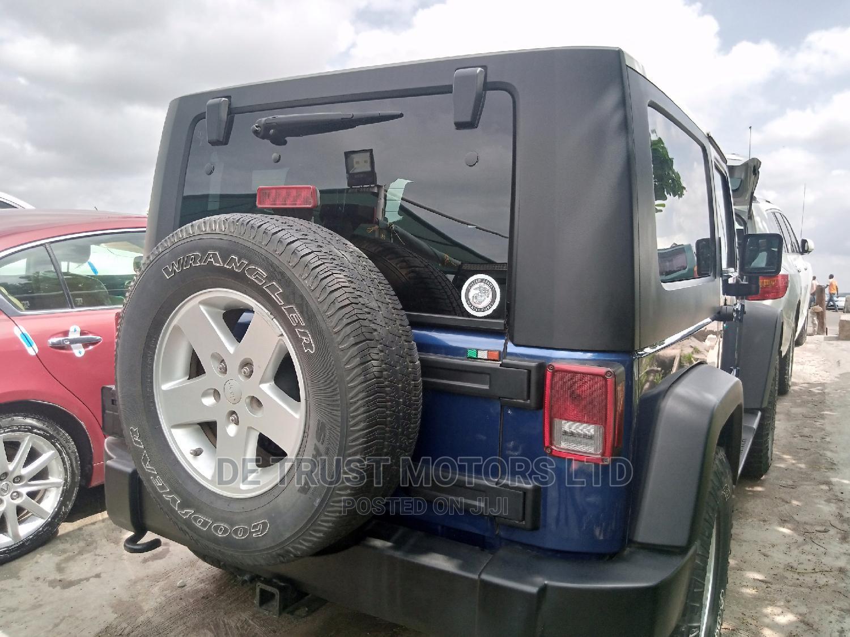 Jeep Wrangler 2010 Blue