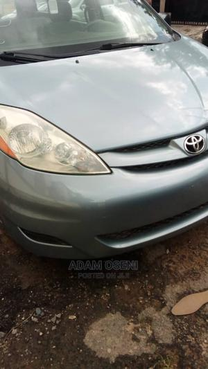 Toyota Sienna 2006 Gray   Cars for sale in Lagos State, Oshodi