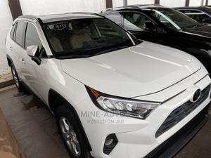 Toyota RAV4 2019 XLE FWD White | Cars for sale in Lagos State, Ikeja