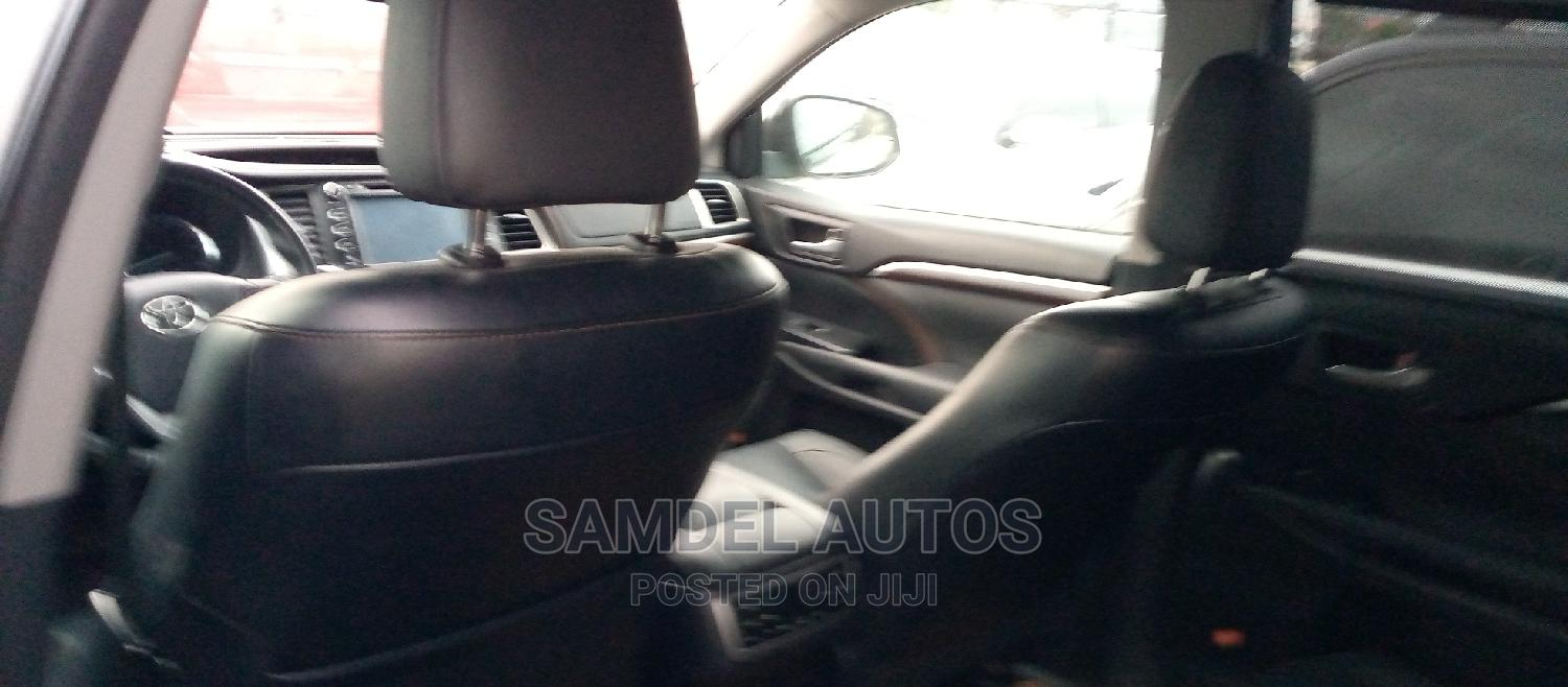 Toyota Highlander 2015 Silver | Cars for sale in Ajah, Lagos State, Nigeria