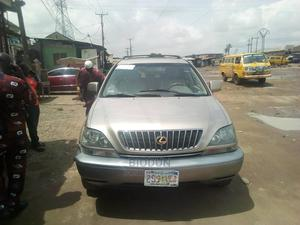 Lexus RX 2001 300 Gold | Cars for sale in Lagos State, Abule Egba