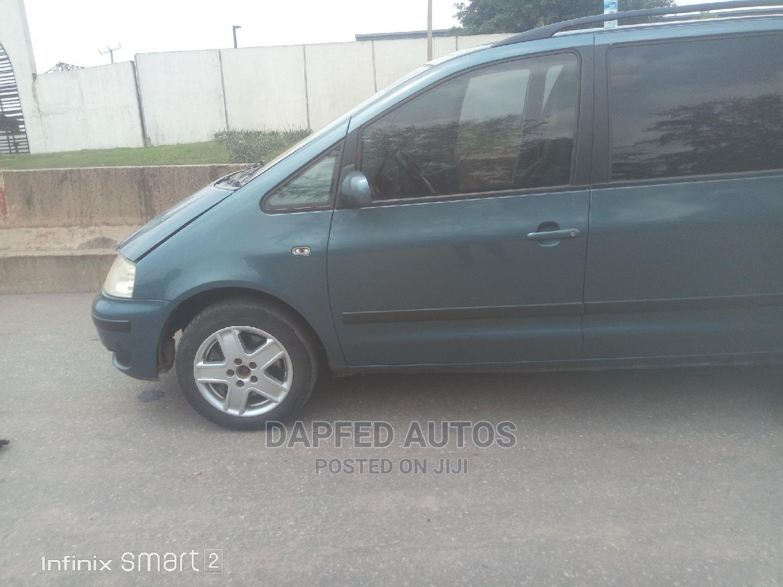 Archive: Volkswagen Sharan 2004 Blue