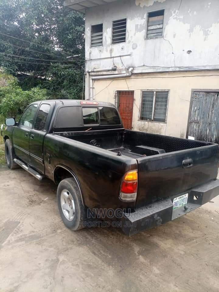 Archive: Toyota Tundra 2004 Automatic Black