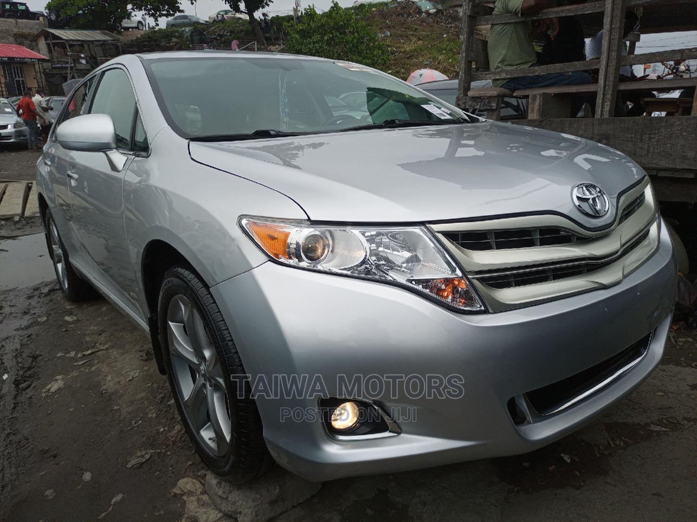 Toyota Venza 2010 V6 AWD Silver