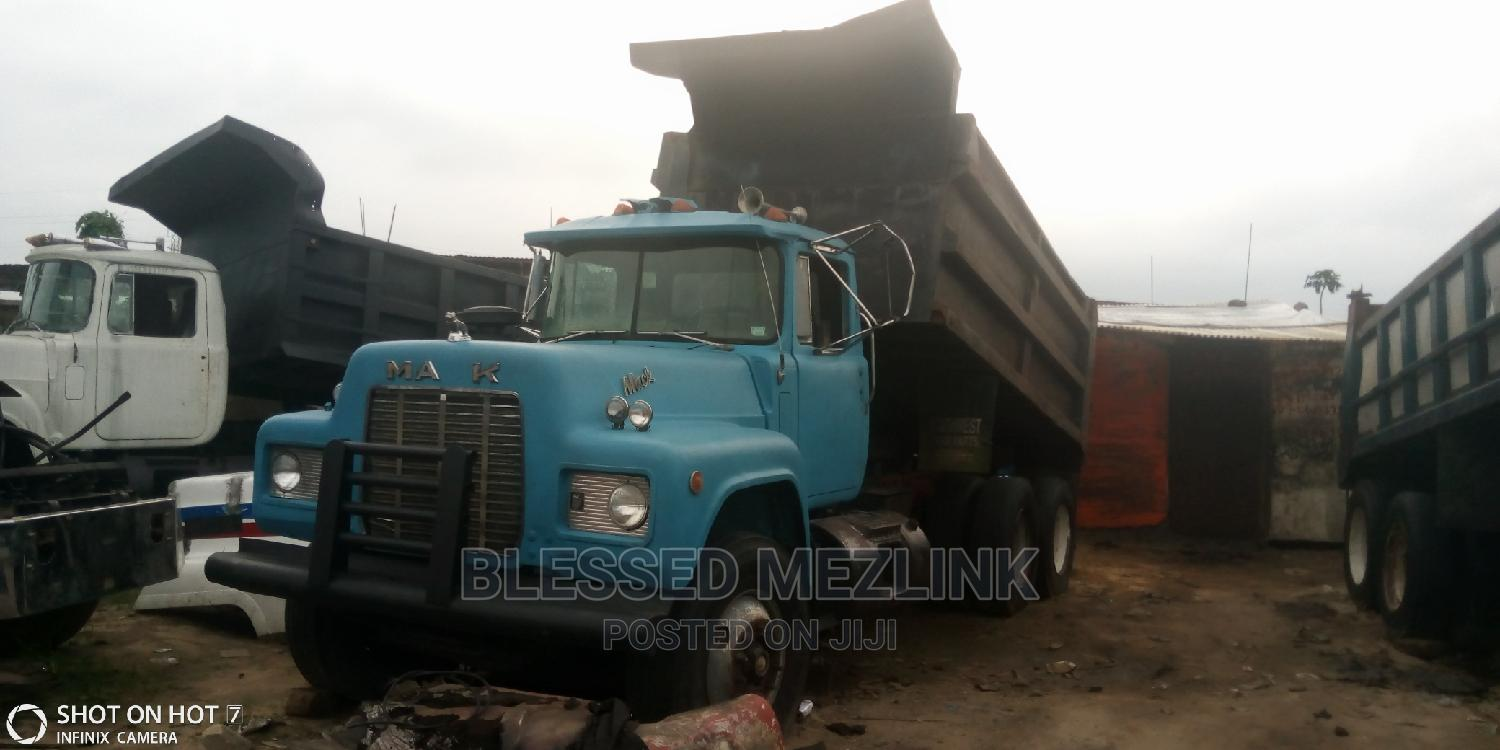 Mack Tipper Normal 12 Valve Engine | Trucks & Trailers for sale in Aba North, Abia State, Nigeria