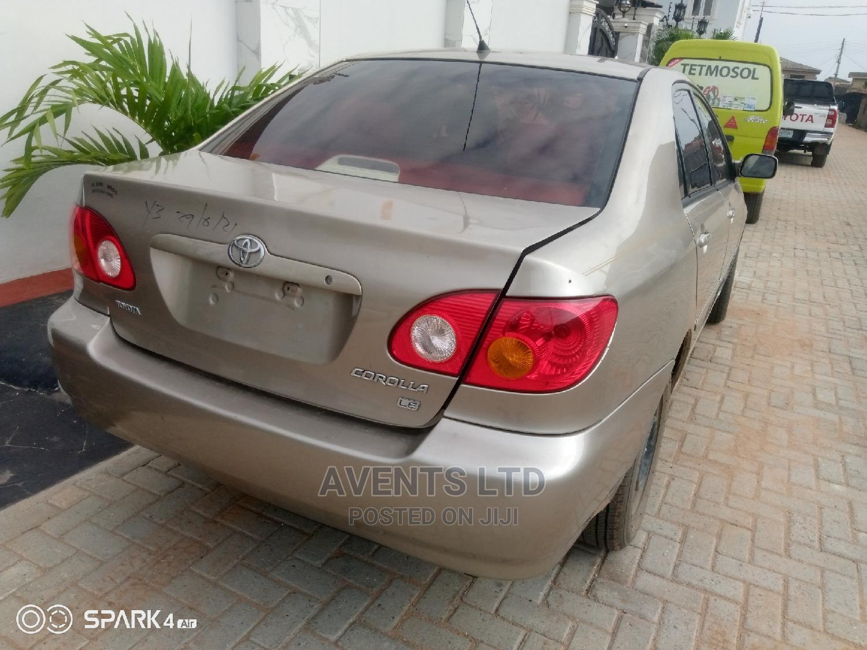 Archive: Toyota Corolla 2004 Gold