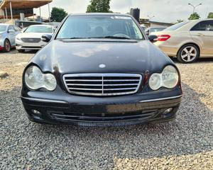 Mercedes-Benz C280 2006 Black | Cars for sale in Lagos State, Yaba
