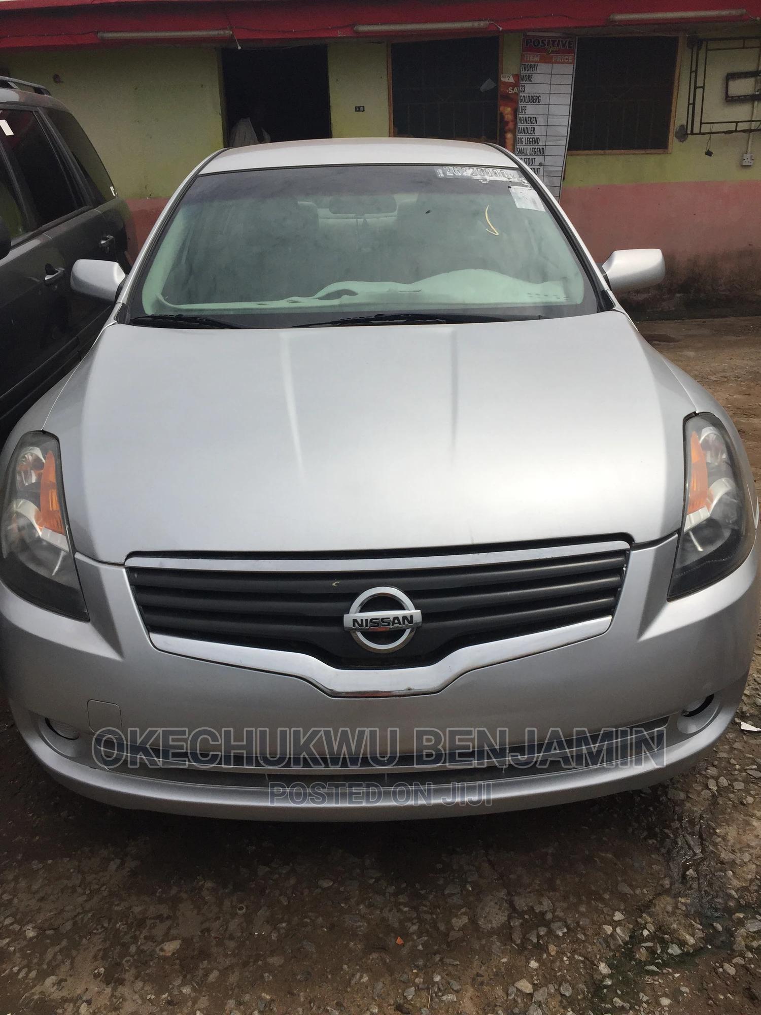 Archive: Nissan Altima 2007 2.5 S Silver