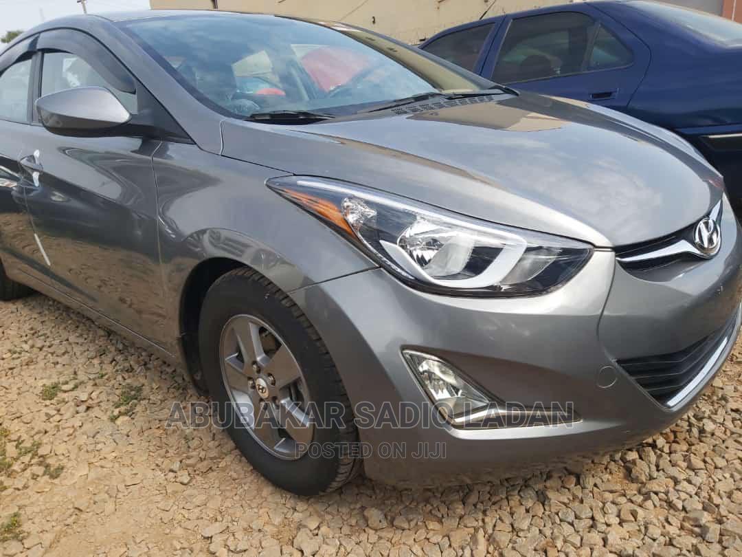 Archive: Hyundai Elantra 2015 Gray