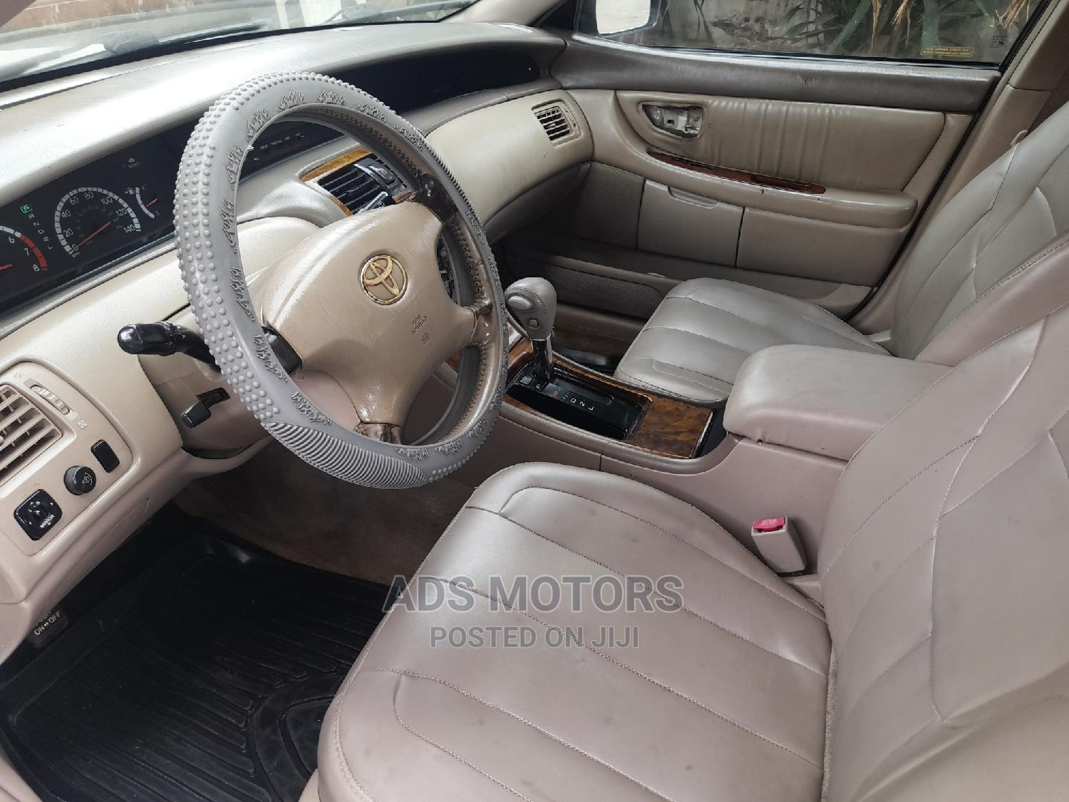 Toyota Avalon 2002 XLS W/Bucket Seats White   Cars for sale in Surulere, Lagos State, Nigeria