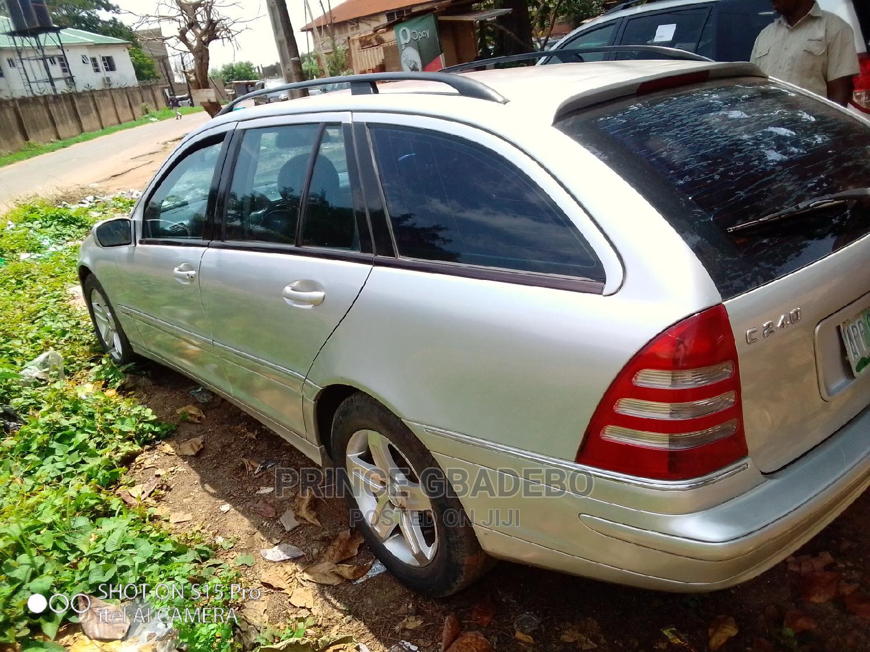 Archive: Mercedes-Benz C240 2003 Silver