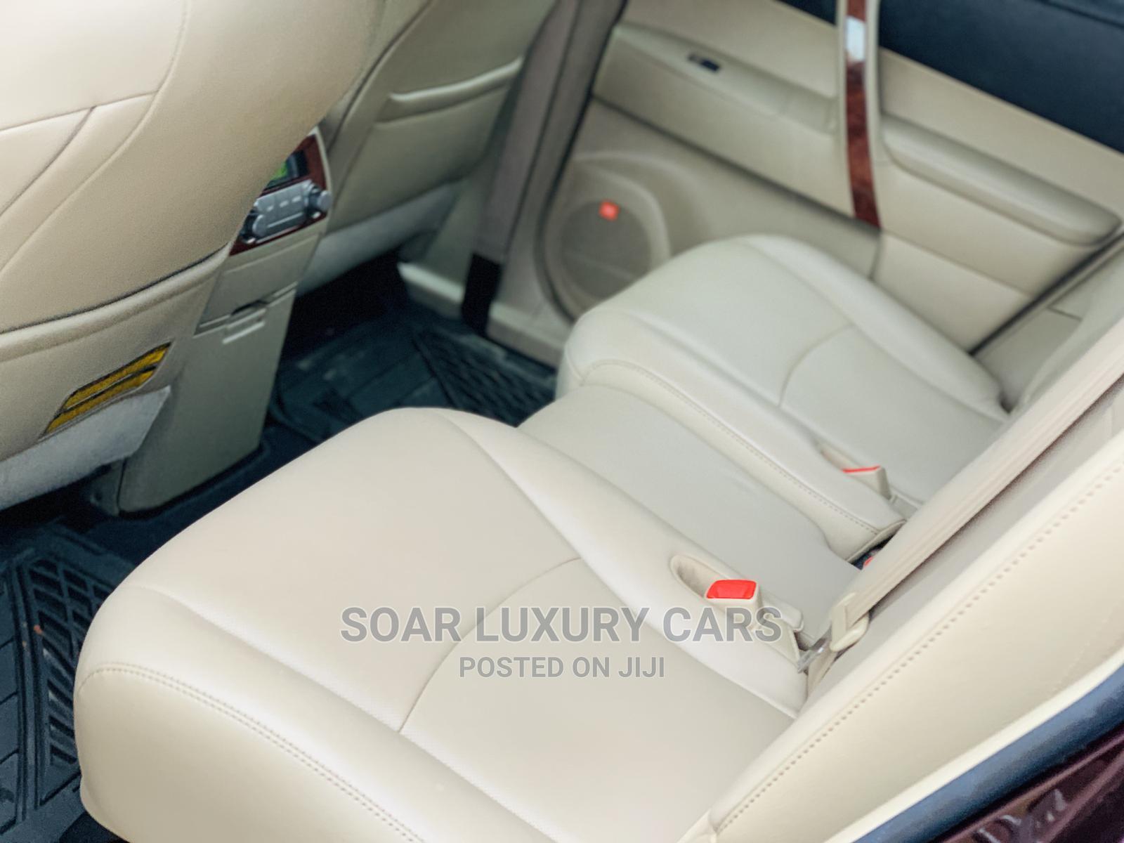 Archive: Toyota Highlander 2012 Limited