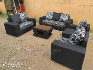 Beautiful 7seaters With Center Table | Furniture for sale in Lagos State, Ikeja