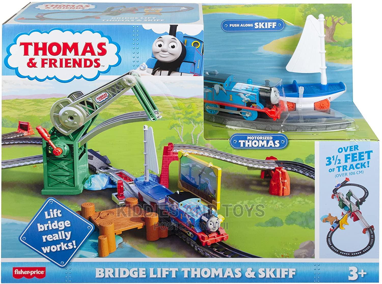 Archive: Thomas Friends Bridge Lift Thomas Skiff Train Set