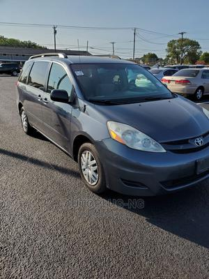 Toyota Sienna 2007 LE 4WD Gray | Cars for sale in Lagos State, Surulere