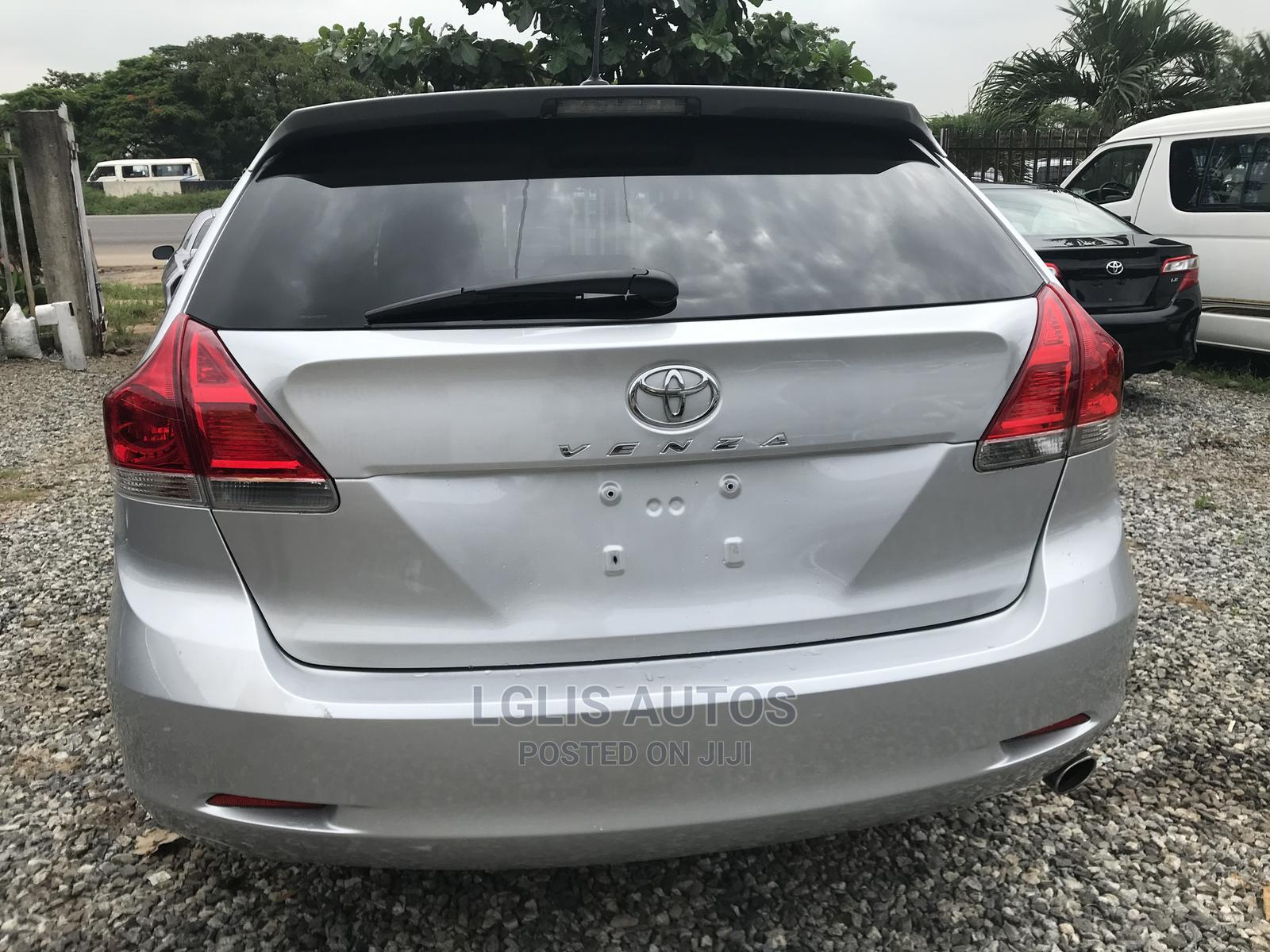 Toyota Venza 2009 Gray   Cars for sale in Magodo, Lagos State, Nigeria