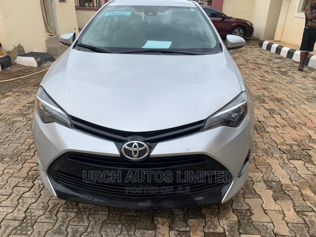 Toyota Corolla 2017 Silver