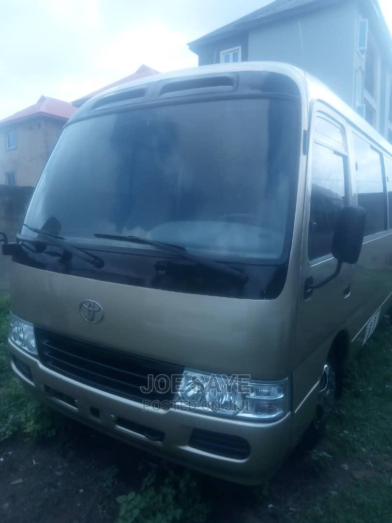 2010 Toyota Coaster Bus Diesel Engine   Buses & Microbuses for sale in Ikeja, Lagos State, Nigeria