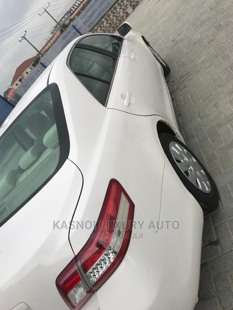 Toyota Camry 2011 White | Cars for sale in Ajah, Lagos State, Nigeria