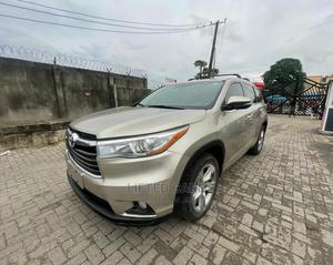 Toyota Highlander 2015 Gold   Cars for sale in Lagos State, Ikeja