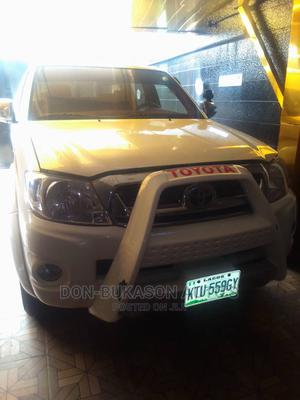 Toyota Hilux 2010 2.0 VVT-i White | Cars for sale in Lagos State, Agege