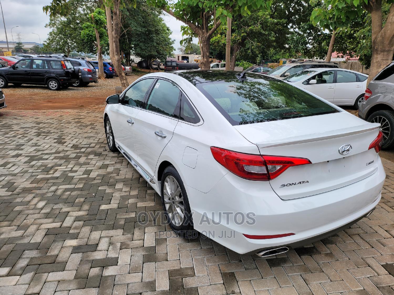 Archive: Hyundai Sonata 2016 White