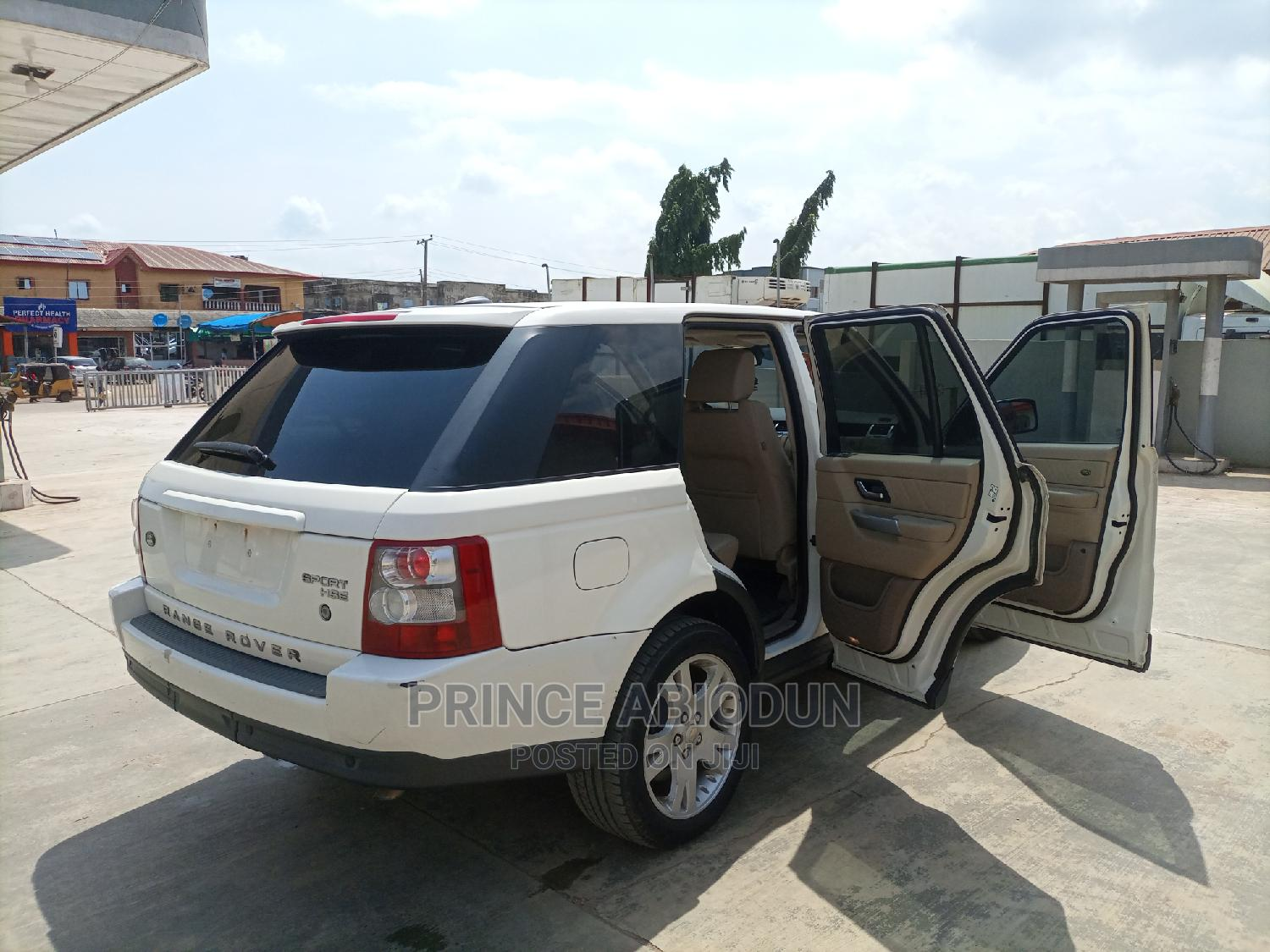 Land Rover Range Rover Sport 2009 HSE 4x4 (4.4L 8cyl 6A) White   Cars for sale in Alimosho, Lagos State, Nigeria