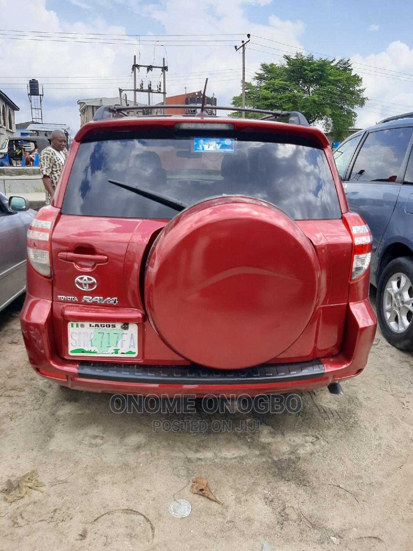 Archive: Toyota RAV4 2010 2.5 Red