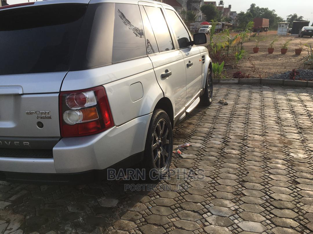 Archive: Land Rover Range Rover Sport 2009 HSE 4x4 (4.4L 8cyl 6A) Silver