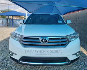 Toyota Highlander 2013 Limited 3.5l 4WD White   Cars for sale in Lagos State, Amuwo-Odofin