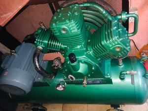 10hp Kaiser Air Compressor 30bar 300l Tank   Vehicle Parts & Accessories for sale in Lagos State, Ojo