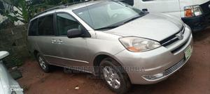 Toyota Sienna 2005 LE AWD Gold | Cars for sale in Imo State, Owerri
