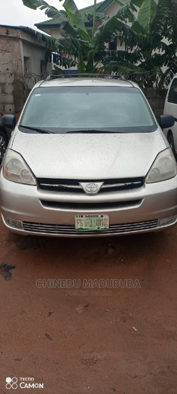 Toyota Sienna 2005 LE AWD Gold   Cars for sale in Owerri, Imo State, Nigeria