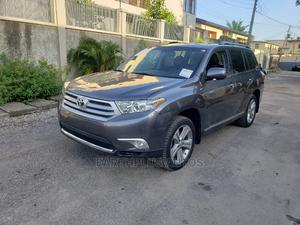 Toyota Highlander 2013 Limited 3.5l 4WD Gray | Cars for sale in Lagos State, Ilupeju