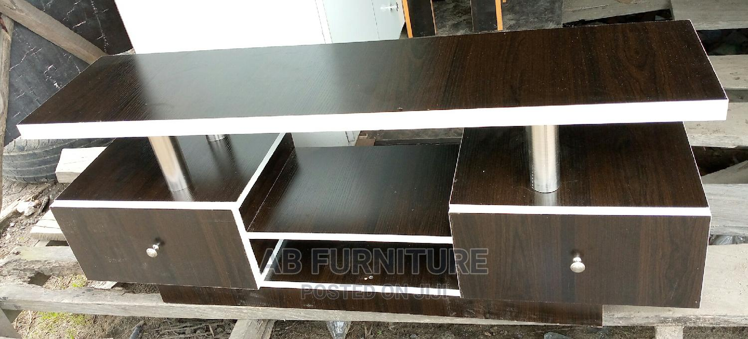 Archive: Tv Stand of 4feet