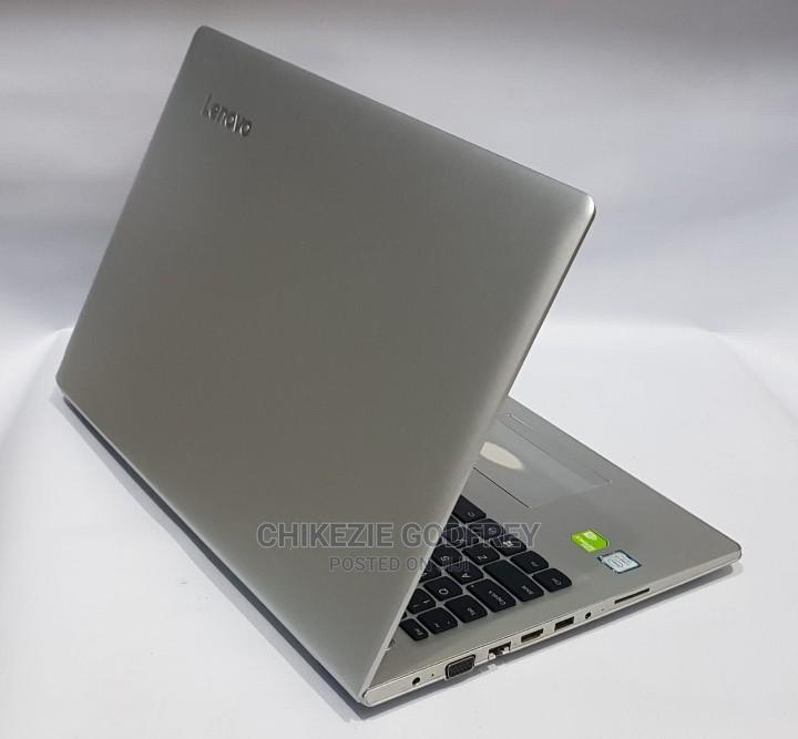 Archive: Laptop Lenovo IdeaPad 520 8GB Intel Core I7 HDD 1T