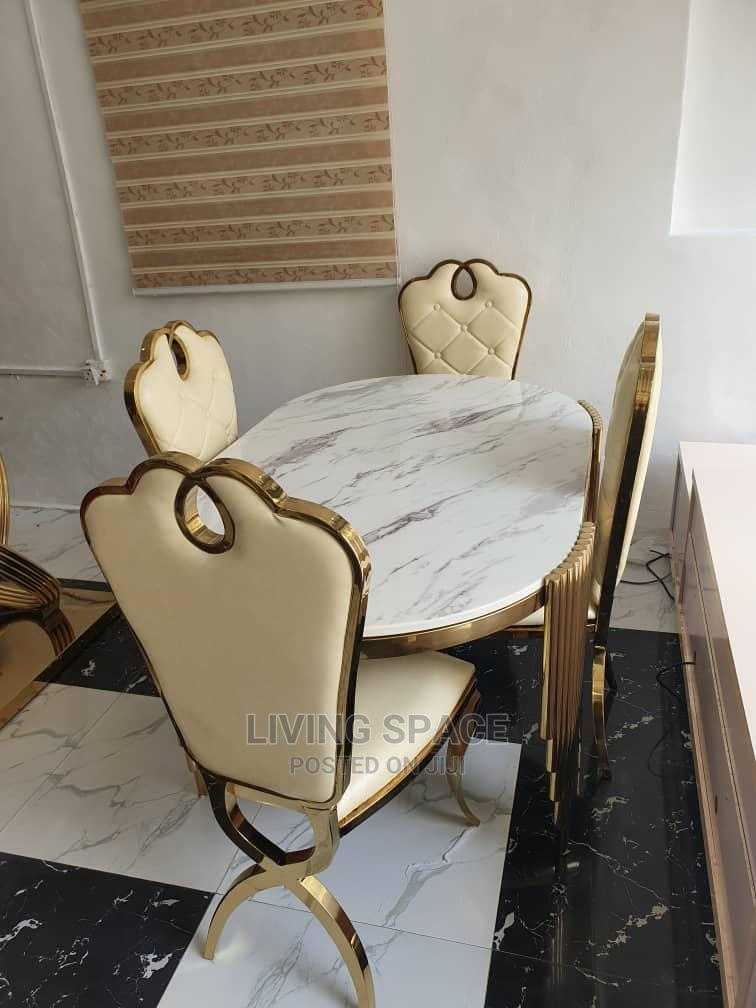 Executive Marble Dinning Table With 4 Chairs