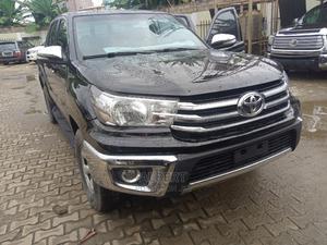 Toyota Hilux 2009 2.7 VVT-i 4X4 SRX Black | Cars for sale in Lagos State, Ikeja